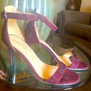 Marc Fisher like new high heeled pumps